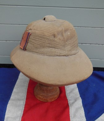 77610a53610a0 ANTIQUE BRITISH INDIA ROYAL ENGINEERS PITH HELMET
